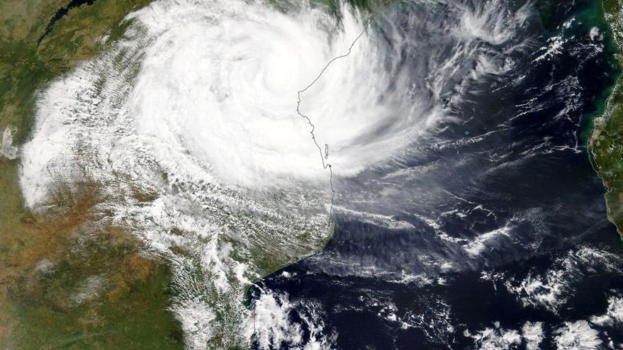 Afrika'yı siklon vurdu!