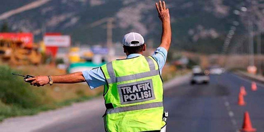 POLİSTEN SIKI DENETİM!