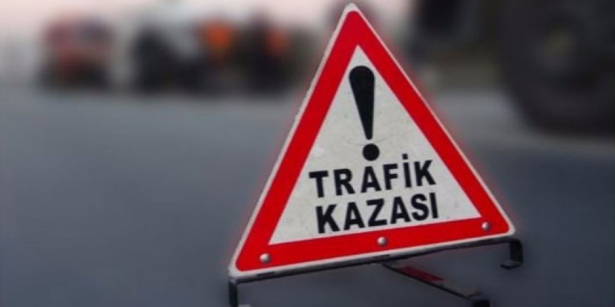 LEFKOŞA-GİRNE ANAYOLU'NDA KAZA!
