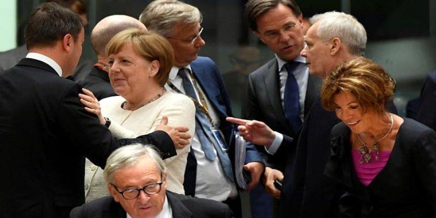 Brüksel'de toplanan 28 AB üyesi Türkiye'yi Doğu Akdeniz'deki eylemleri nedeniyle kınadı