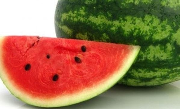 """""""Çok su içmeyen bol meyve sebze tüketsin"""""""