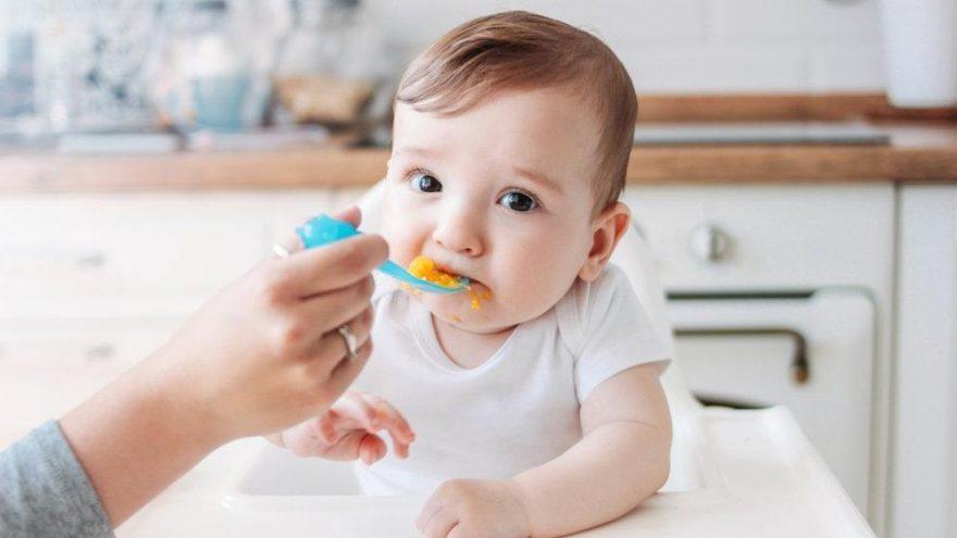 Bebeğinize ilk yıl bunları yedirmeyin!