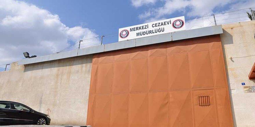 CEZAEVİ'NDE GREV KAPIDA!