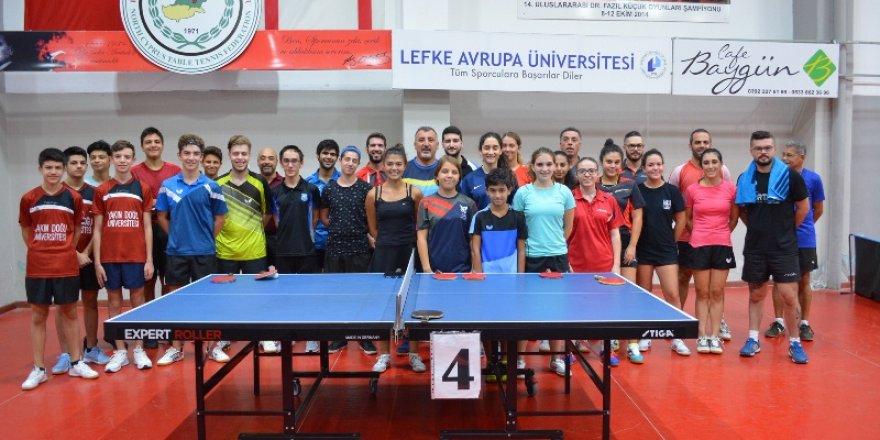 Masa Tenisinde Büyükler Ferdi Klasman Turnuvası Yapıldı