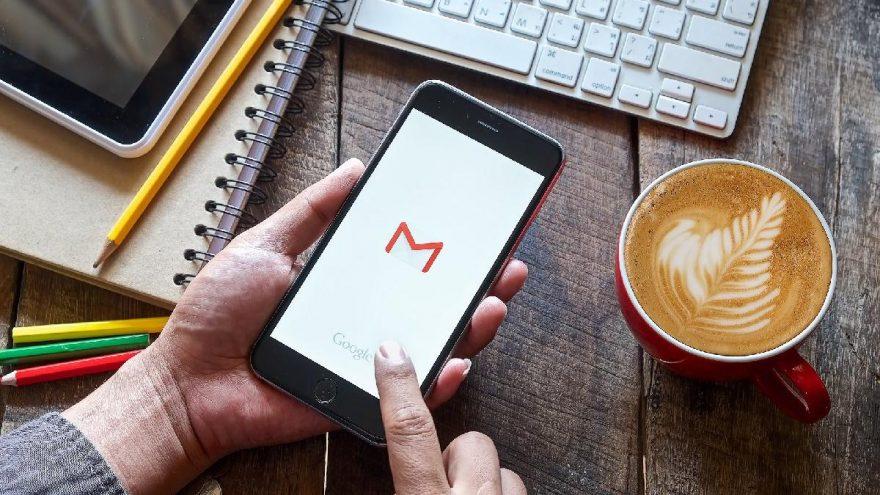 Gmail iPhone'da resimleri otomatik yüklemeyecek!
