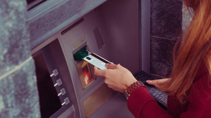 Banka yanlışlıkla hesaplarına 690 bin TL yatırmıştı…