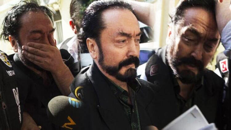 Adnan Oktar'dan kadın avukata selam göndermiş!