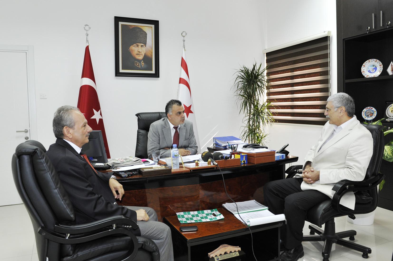 İDRİS, TRAFİK KAZALARINI ÖNLEME DERNEĞİ'Nİ KABUL ETTİ