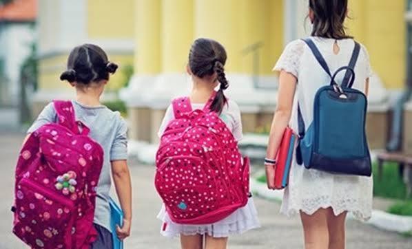 Okul çantaları çocuğu fıtık edebilir