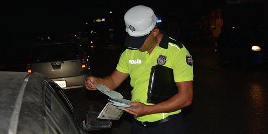 POLİSİN ASAYİŞ VE TRAFİK DENETİMLERİ SÜRÜYOR