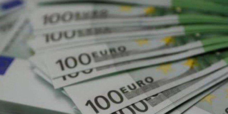 HİLEYLE 100 BİN EURO ÇALDILAR!