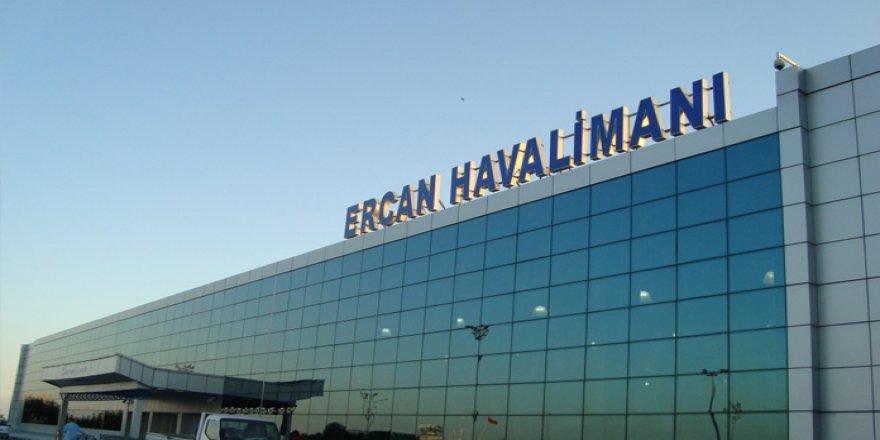 ERCAN HAVALİMANI'NDA PARA VE KAMBİYO YASASINA AYKIRI HAREKET