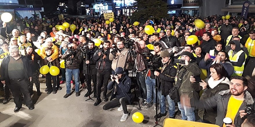 MECLİS'İN KAPISINA BOŞ TENEKE BIRAKTILAR!
