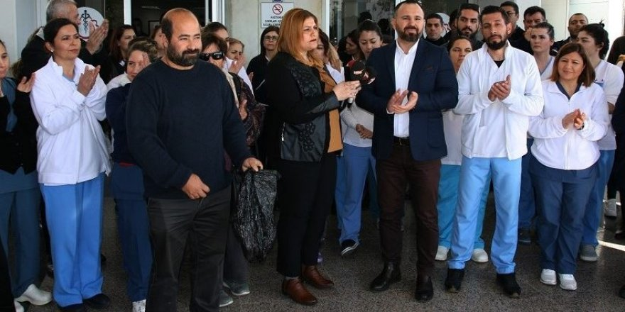 SAĞLIK BAKANI ALİ PİLLİ'Yİ PROTESTO ETTİLER!