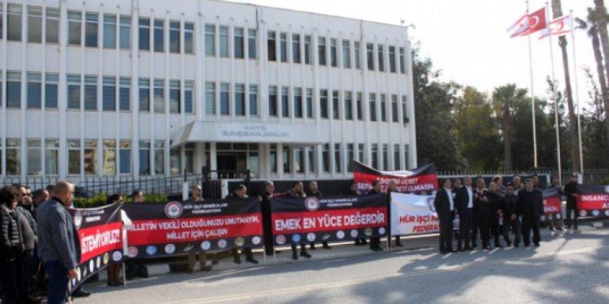 """""""ALSINLAR 6 TL'Yİ KENDİLERİ HARCASINLAR!"""""""