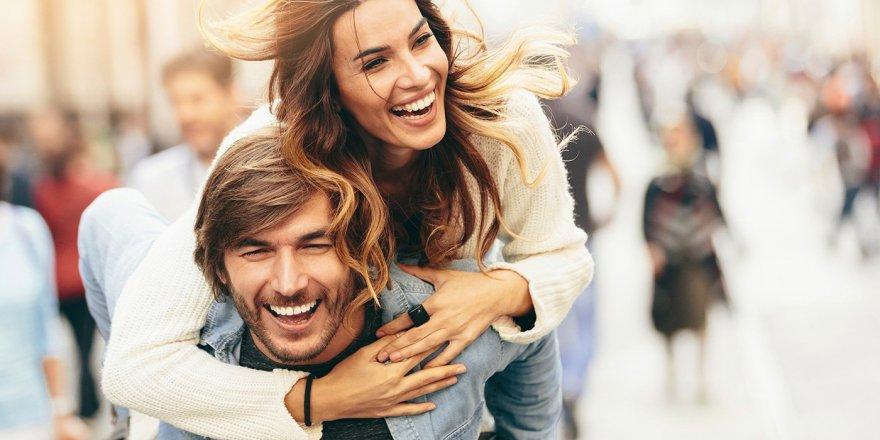 Haftada iki kez görüşen çiftlerin ilişkileri daha güçlü!