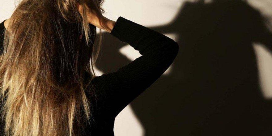Üniversitede 'cinsel ilişki karşılığı yüksek not' skandalı!