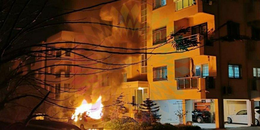 Metehan'da araç yangını!