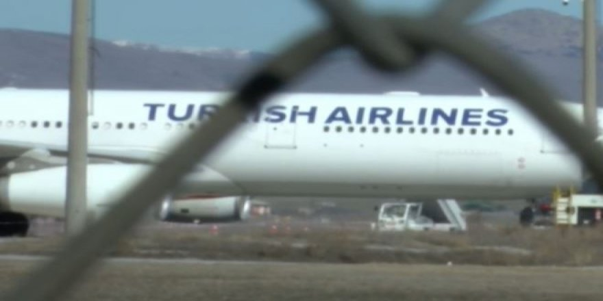 Havalimanında corona alarmı! THY uçağı acil iniş yaptı!