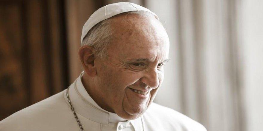 Papa'dan 'herkese maaş' önerisi