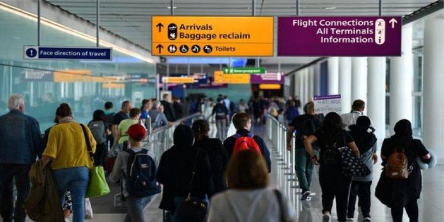 Havalimanlarında sosyal mesafe 'imkansız olacak'