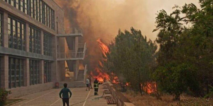 Yangın ODTÜ kampüsüne de sıçradı…