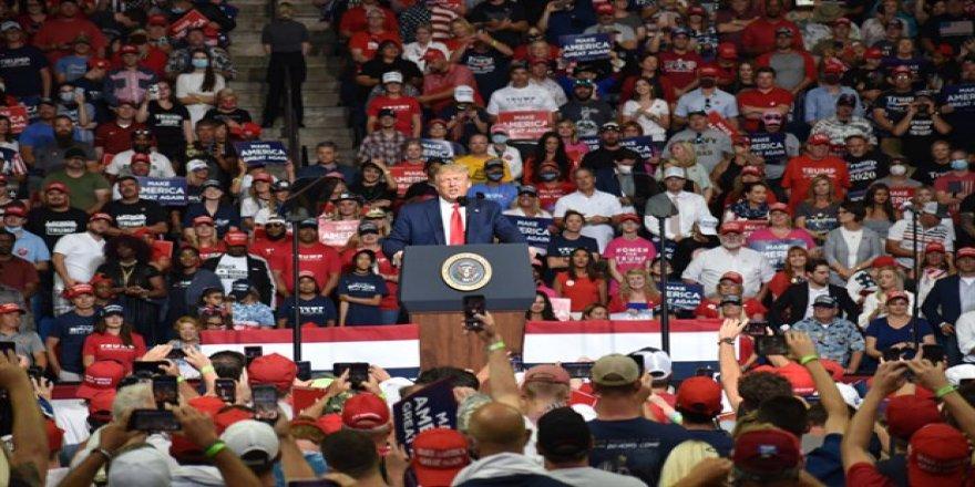 Trump'ın Covid-19 testi sözlerine Beyaz Saray'dan açıklama: Şaka yaptı