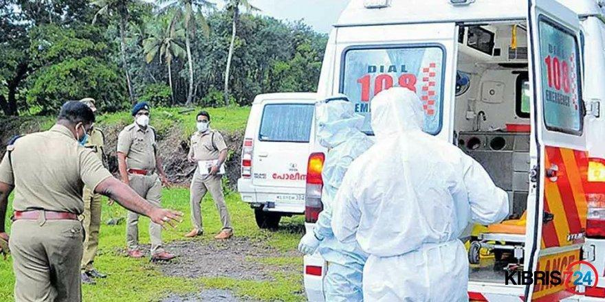 Hindistan'da koronavirüse yakalanan genç kız ambulansta tecavüze uğradı