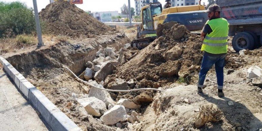 Lefkoşa – Girne yolunda menfez köprü yapılıyor