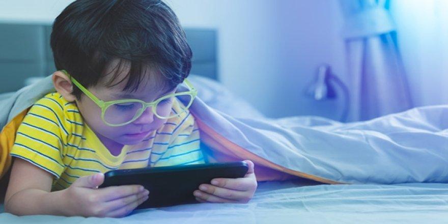 Çocuklarda aşırı internet kullanımına dikkat!