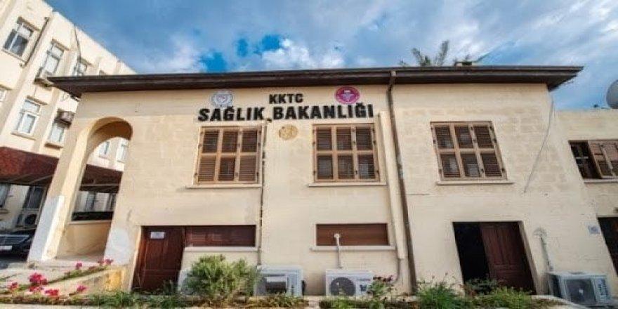 Okullar kademeli olarak açılıyor.Karantina uygulaması 1 Kasım'a kadar uzatıldı