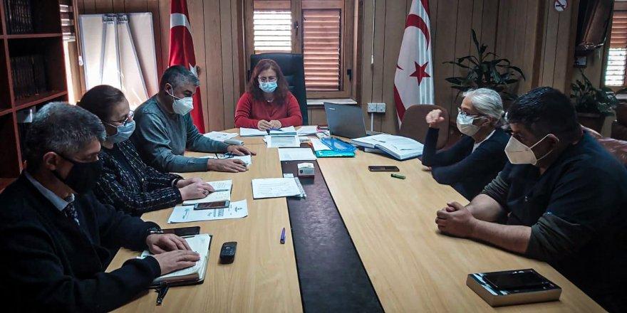 Bulaşıcı Hastalıklar Üst Komitesi haftalık toplantılarını sürdürüyor