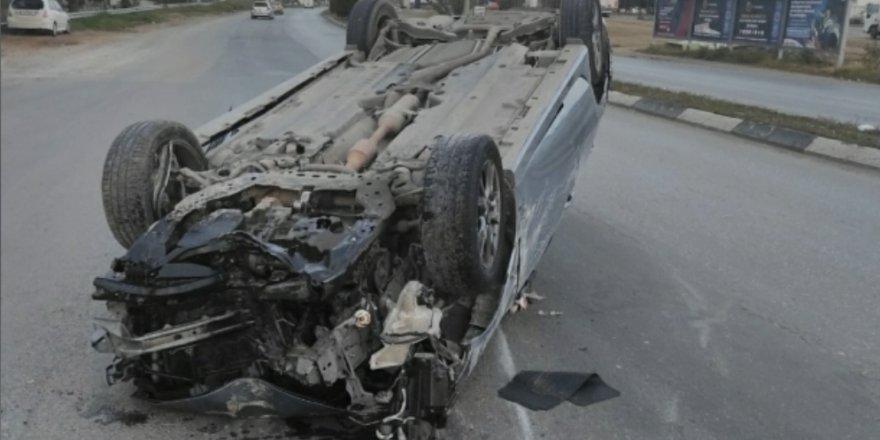 Direksiyon hakimiyetini kaybeden alkollü sürücü kaza yaptı!