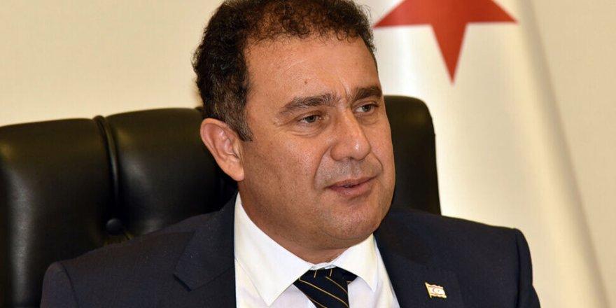 Başbakan Saner temaslı olduğunu açıkladı; Kendini izole etti