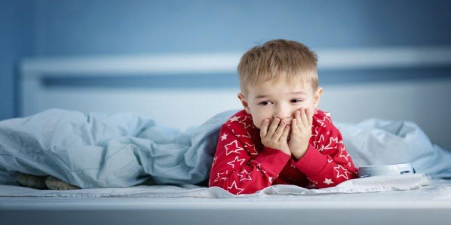 """""""Aile içi olumsuzluklar çocuklarda gece uyanmasına neden olabilir"""""""