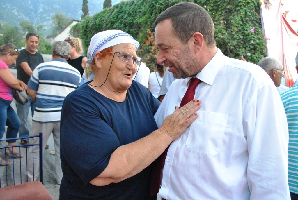 DP-UG LAPTA VE ALSANCAK'TA TOPLANTI DÜZENLEDİ
