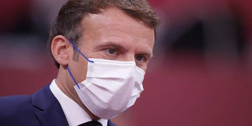 Macron'dan gençlere cevap: Zorunda kalacaktık...