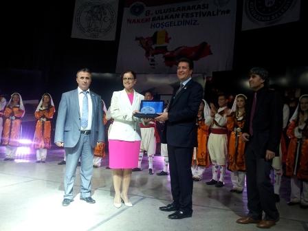 GENCAY EROĞLU'NA BURSA'DAN ÖDÜL...
