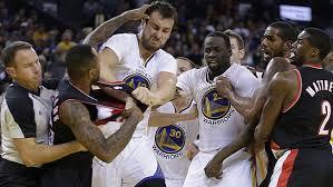 NBA'DE KAVGA! 3 DİSKALİFİYE