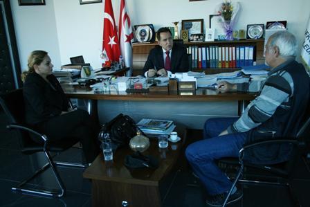 """FELLAHOĞLU, """"YENİCAMİ'DE YAŞAMIŞLAR GRUBU"""" İLE GÖRÜŞTÜ"""