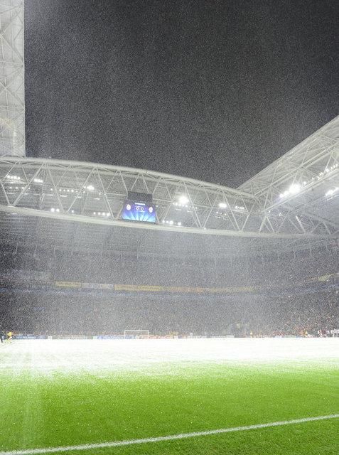 UEFA'DAN GALATASARAY'A TEHDİT!