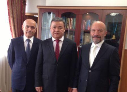 YDÜ İLE KAZAKİSTAN ULUSLARARASI EĞİTİM BİRLİĞİ ARASINDA PROTOKOL İMZALANDI