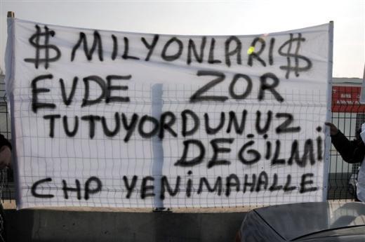 KUTULARINI ALIP GELDİLER !
