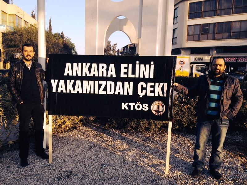 KTÖS ZAMLARI PANKARTLARLA PROTESTO ETTİ