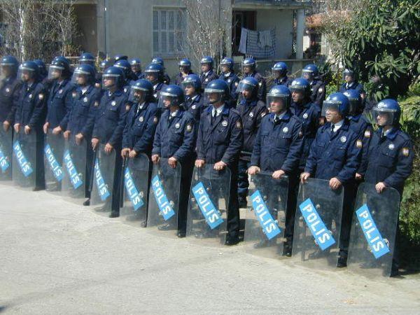 POLİS GENEL MÜDÜRLÜĞÜ ÖNLEMLERİN EN ÜST SEVİYEYE ÇIKARILDIĞINI BİLDİRDİ