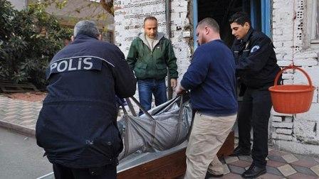 'ANNENİZ ÖLDÜ' DİYEN POLİS