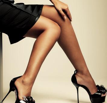 фото бесплатно женщины на каблуках.