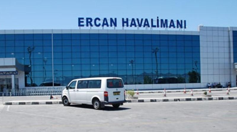 ERCAN HAVALİMANI'NDA OLAY