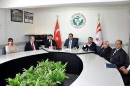 UBP HEYETİ KAMU-İŞ'İ ZİYARET ETTİ