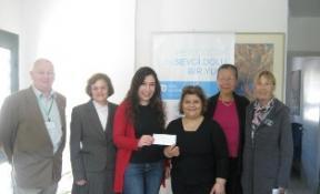 KIBRIS TÜRK İNGİLİZ DERNEĞİ'NDEN SOS'E BAĞIŞ